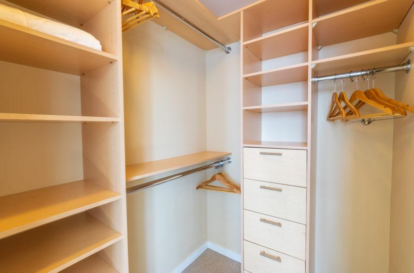 Rental at Maple Leaf Square Downtown Toronto Maser Bedroom Walk In Closet