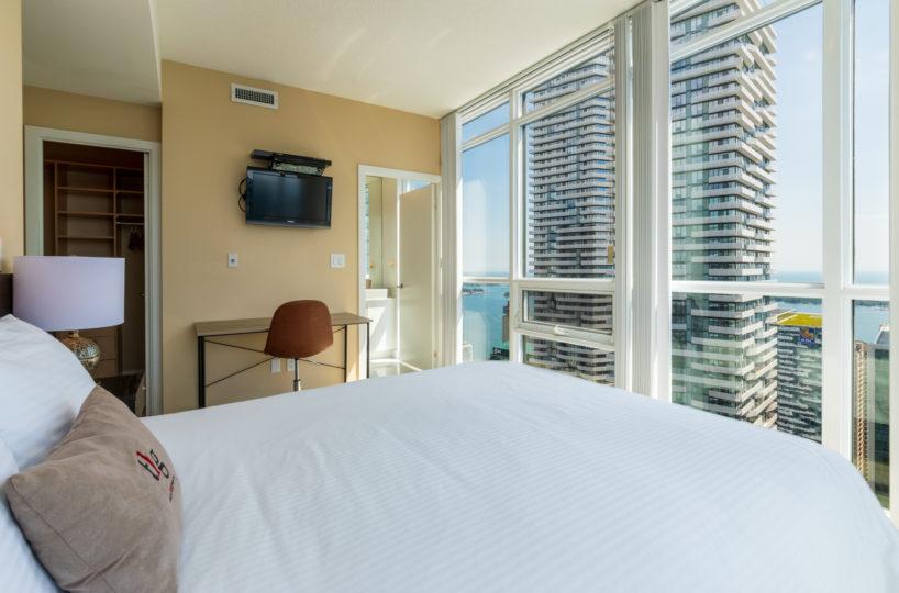 Rental at Maple Leaf Square Downtown Toronto Master Bedroom