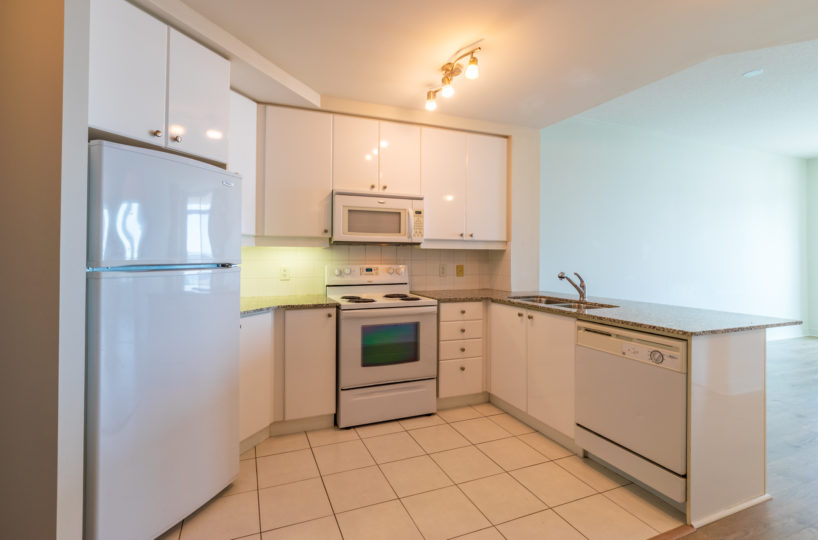 Mississauga Apartment for Rent at 90 Absolute Kitchen Stainless Steel Appliances