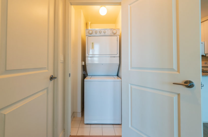 Mississauga Apartment for Rent at 90 Absolute washer and Dryer