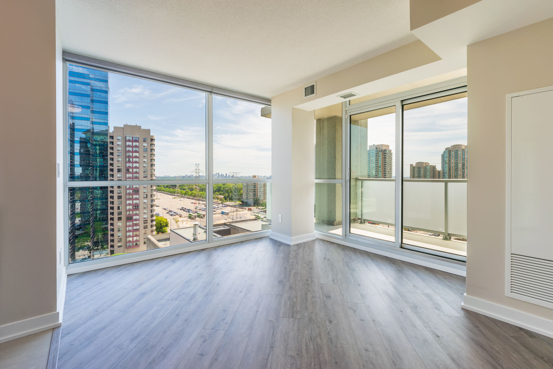 Rental Condo at The Palm, Downtown Toronto. Living Room, Large Windows, view of the City