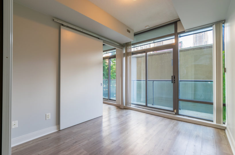Rental Suite, Bedroom, Terrace, Large view outside