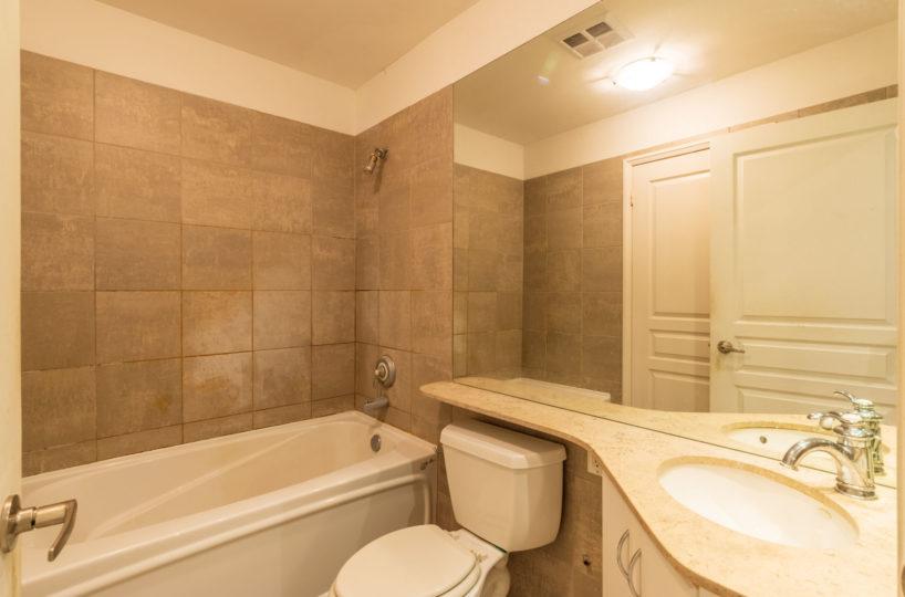 Condo Rental at Elev'n Residences. Toronto, Ontario. Bathroom